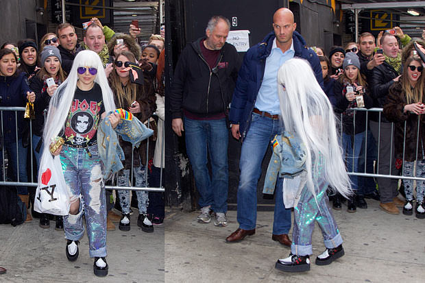 lady-gaga-very-small