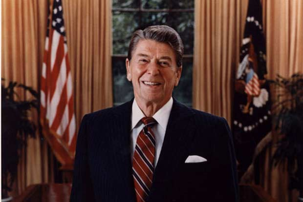 Official_Portrait_of_President_Reagan_1985