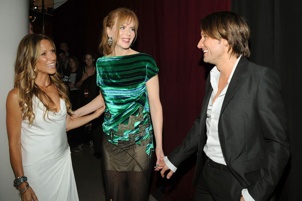 2011 CMT Music Awards - Red Carpet